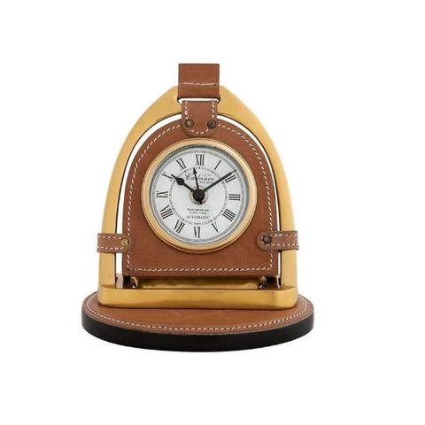 Часы кожаные на подставке