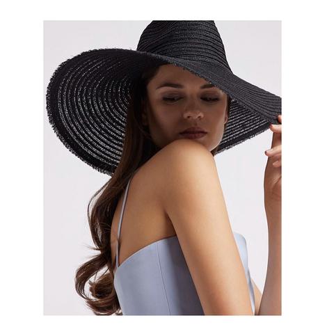 Шляпа жен. черная [Emporio Armani]
