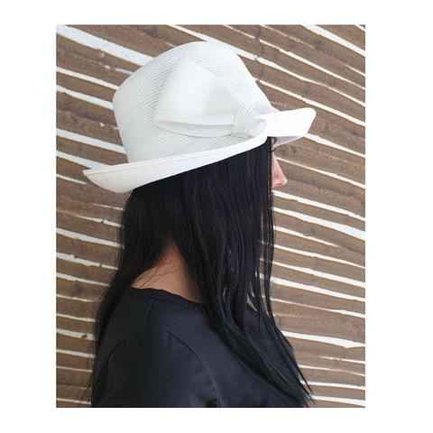 Шляпа жен ,белая [Emporio Armani]